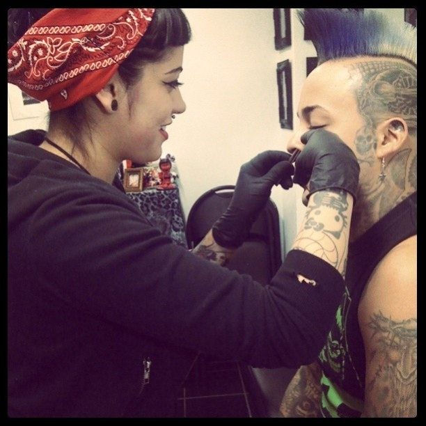 8 Things Your Piercer Wishes You Knew Before You Step Into Their Shop
