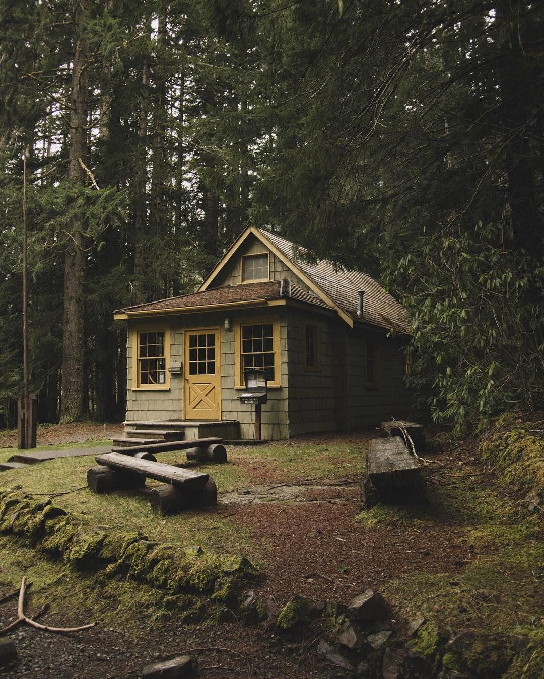 Cabins Small Cozy Cabins Cabin P Rn Album On Imgur Cabins Cabin Homes House In The Woods Cabins And Cottages