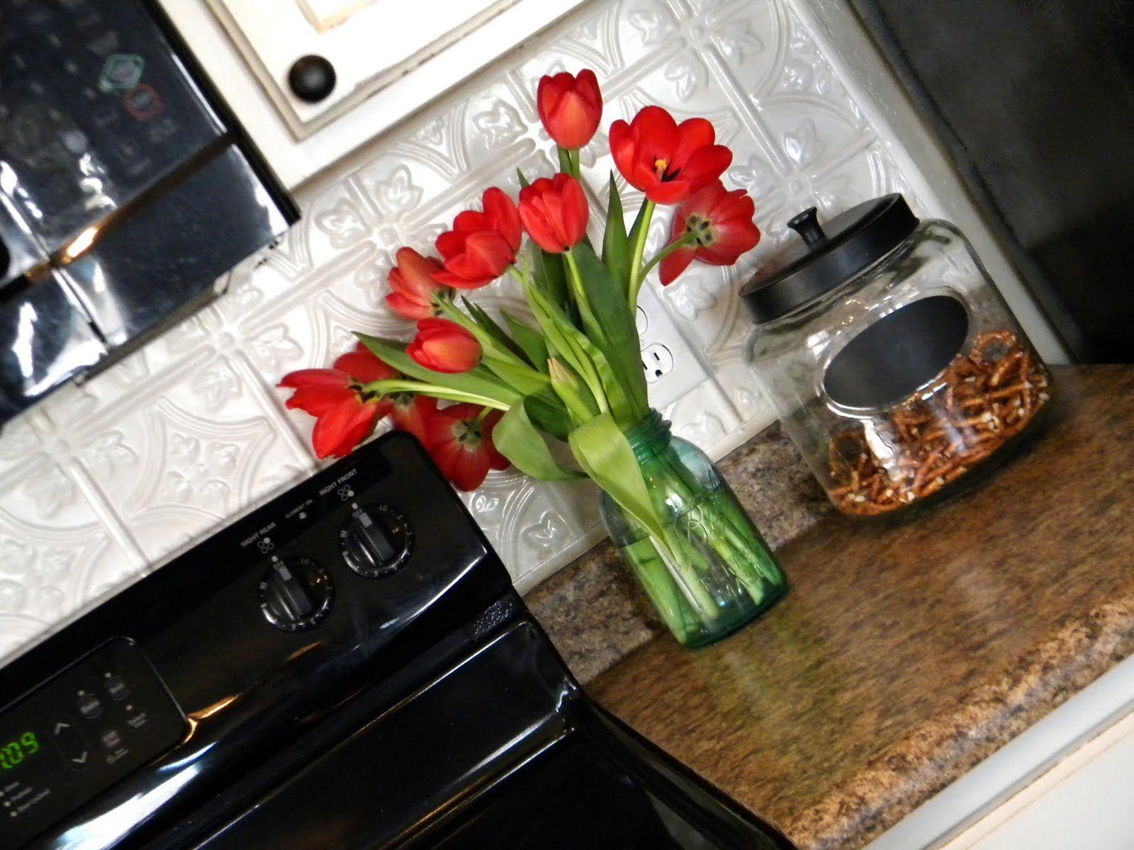 3 Bp Blogspot Com Ssq2igsadgm Txqnn3w3k I Aaaaaaaacj8 7h Wlu Mway S1600 Kitchen 2b750 Jpg Updating House Grand Designs Tin Ceiling
