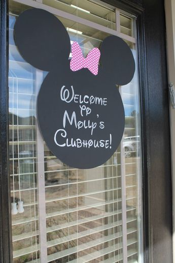 Minnie Mouse birthday party, diy, welcome sign #minniemouse