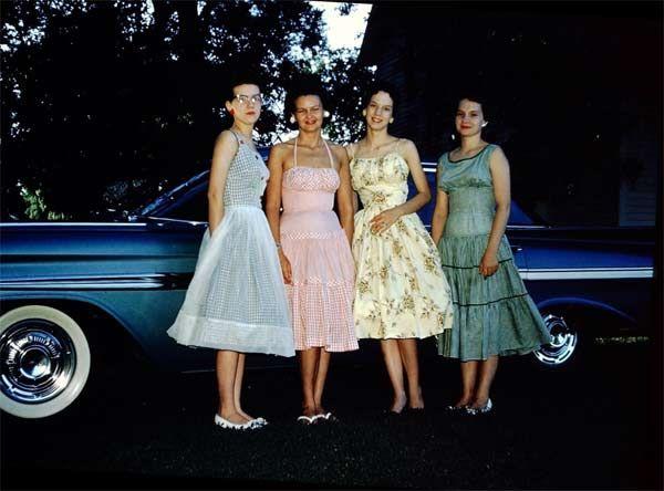 Female Friends (1950s)