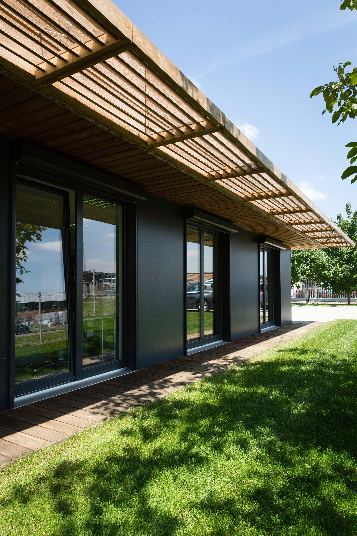 Constructeur archi design maisons ossature bois 100 modulables fabrication for Constructeur ossature bois