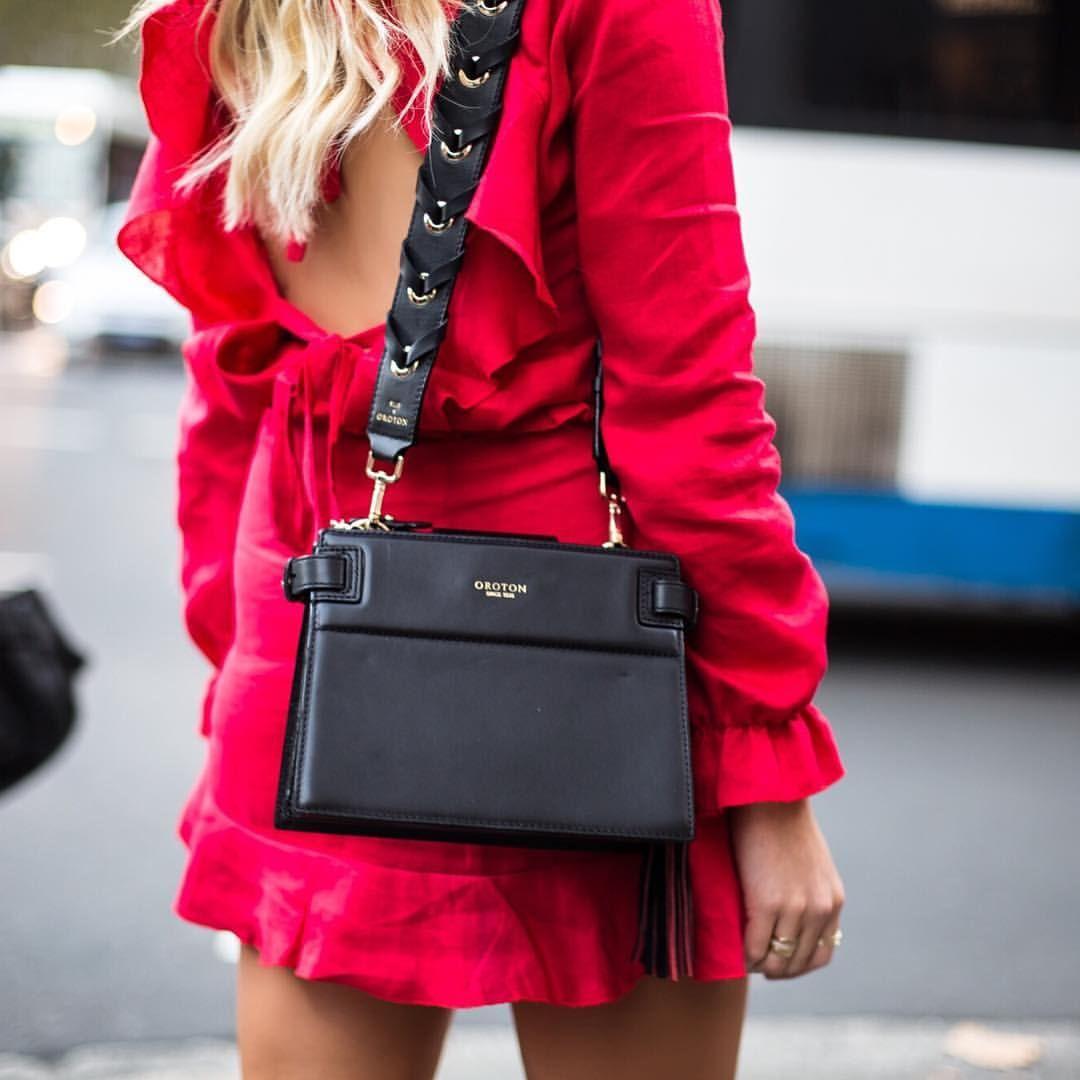 "1,199 Me gusta, 17 comentarios - Elle Ferguson (@elle_ferguson) en Instagram: ""I'm so excited to show you an exclusive sneak peak of the original bag strap I created with…"""