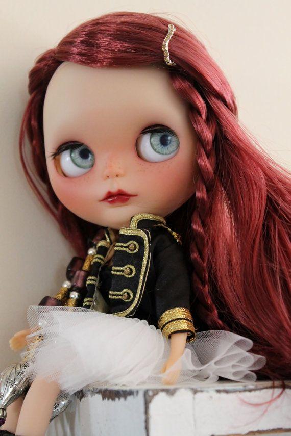 Maya a OOAK customized factory blythe doll by WillowDesignstoyshop