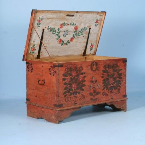 Swedish Wedding Trunks Antique Original Red Hand Painted Trunk With Rosemaling Floral Motif Swedish Furnit Painted Trunk Hand Painted Furniture Painted Boxes