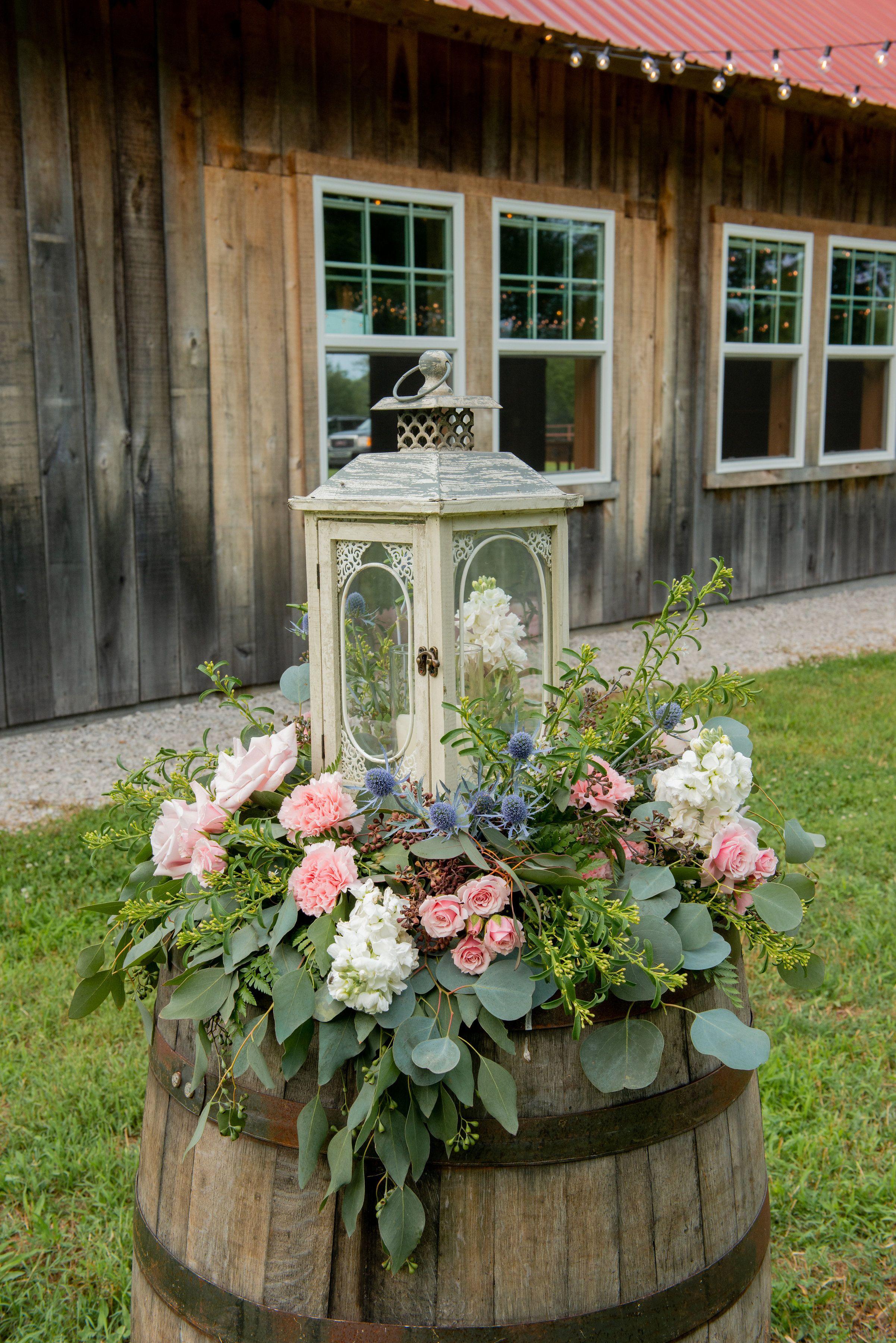 Florals: Lumberyard Gardens Photography: Twilau0027s Photography ...