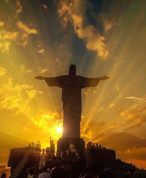 Rio de Janeiro — Por do sol no Cristo Redentor, Corcovado ...