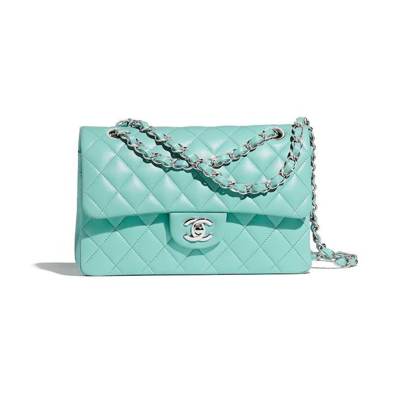 aaf2460999c0a0 Chanel Cruise 2019 | CHANEL in 2019 | Classic handbags, Chanel ...
