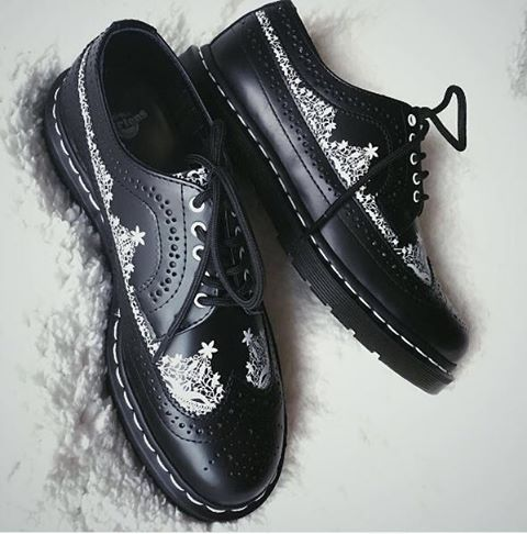 Laced With Attitude: The 3989 lace shoe, photo by @polalalaa. Click the link in our bio to shop now. #drmartenstyle