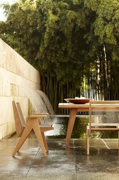 Sutherland Furniture Is A World Leader In Designing Luxury Outdoor Furniture  And Indoor Accessories For Modern Lifestyles.