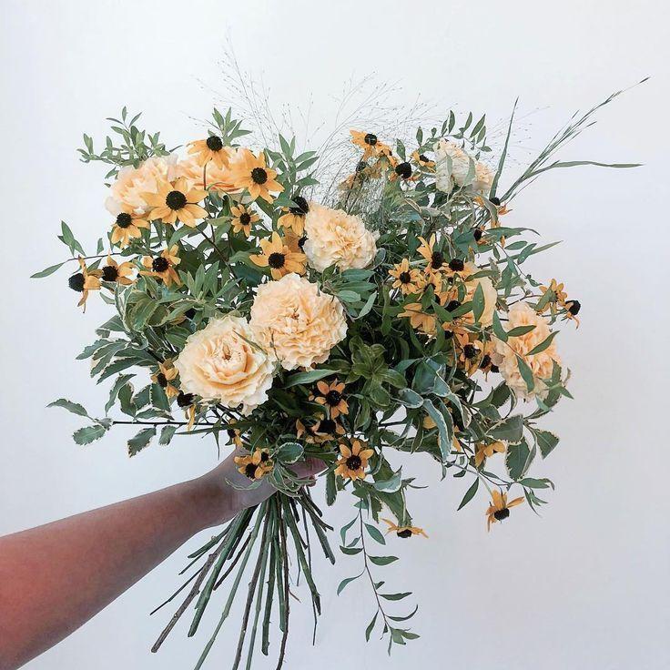 На данном изображении может находиться: цве... -  # #florists