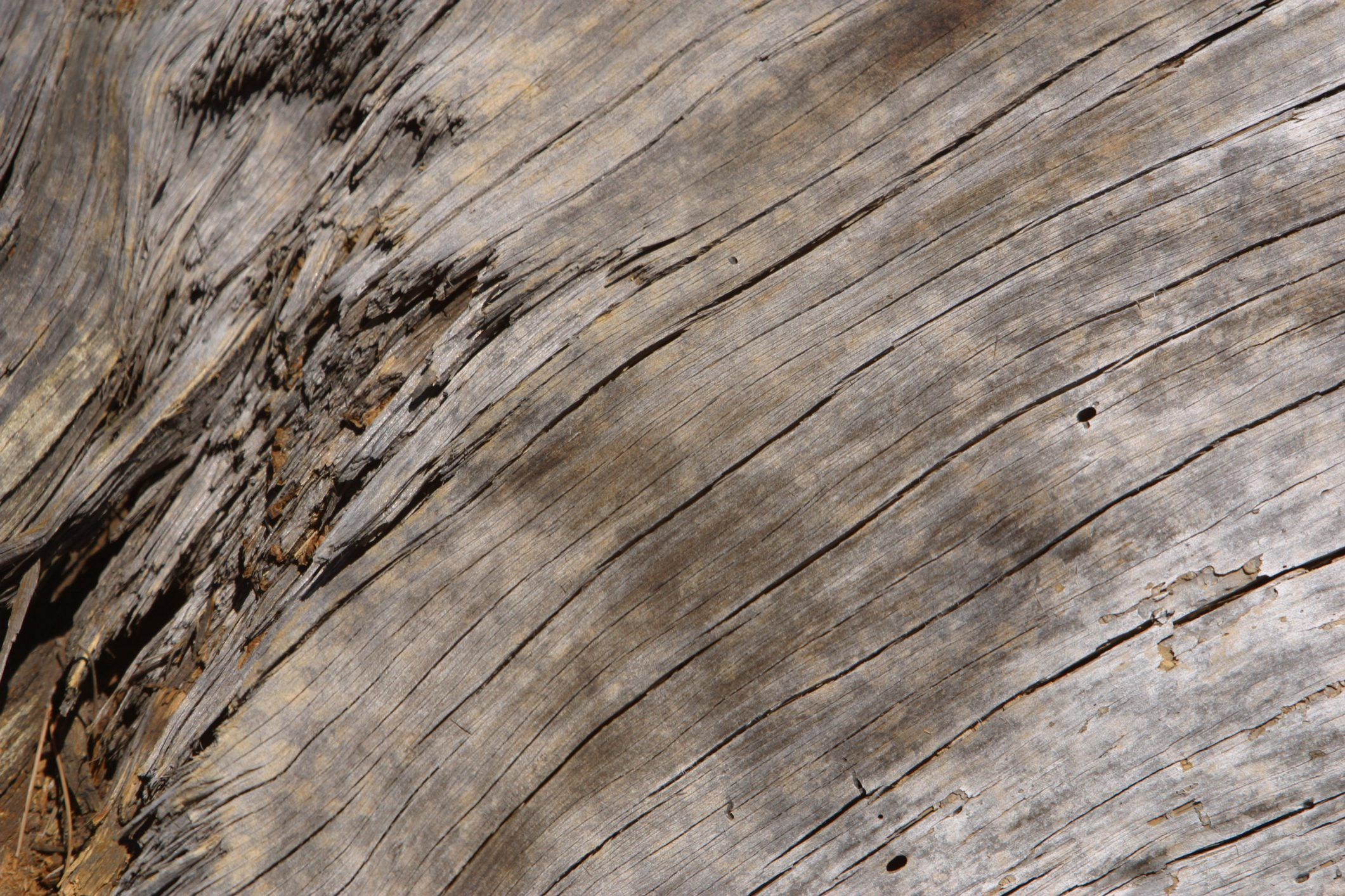 How to lighten up distress darker wood dark wood