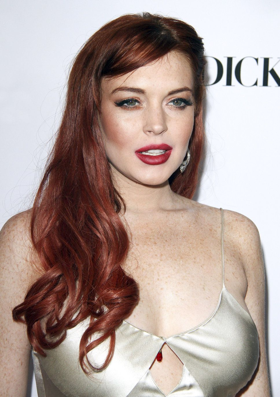 Lindsay Lohan Red Lips Angry Pissed Off Red Carpet Red Lips
