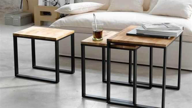 petits espaces la table basse qu il vous faut design. Black Bedroom Furniture Sets. Home Design Ideas
