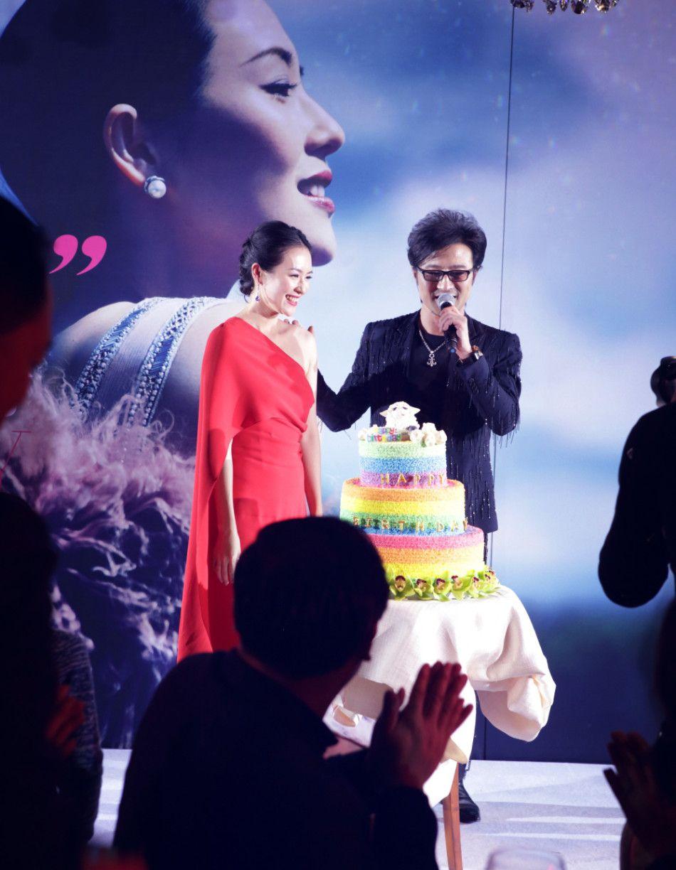 The China Box » Zhang Ziyi Accepts Veteran Rocker Wang Feng's Proposal