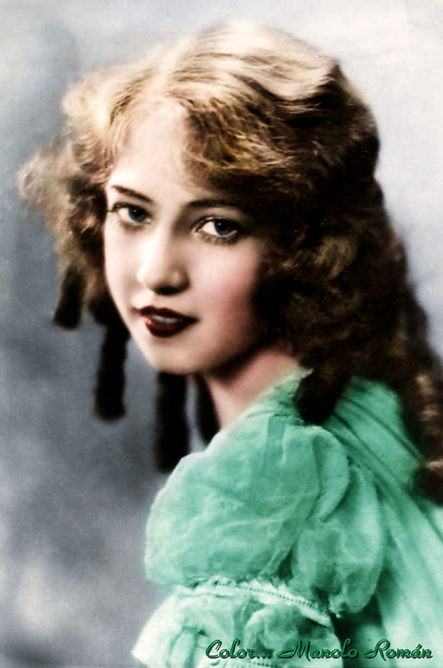 Doris Eaton Travis