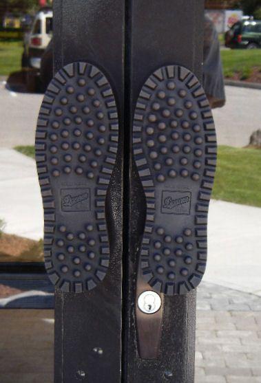 Soles Of Shoes Wow Dveri