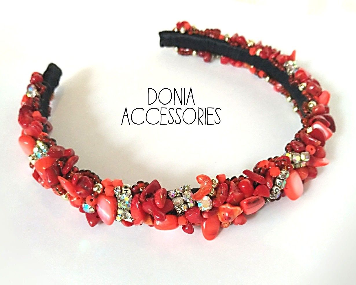 Diadem of beads with your hands in the master class (photo)