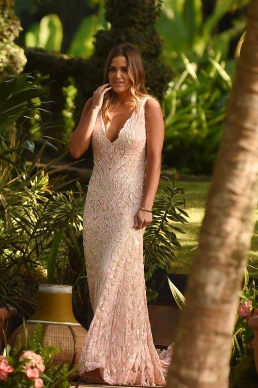 b5c66450d574 JoJo's ' Bachelor' Finale Dress Is Fit For A Romantic Proposal — PHOTOS