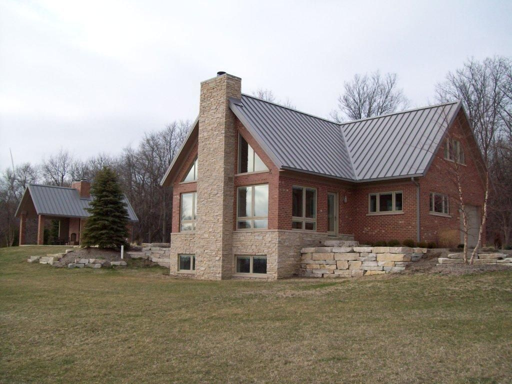 Best Medallion Lok With Images Roofing Residential Metal 400 x 300