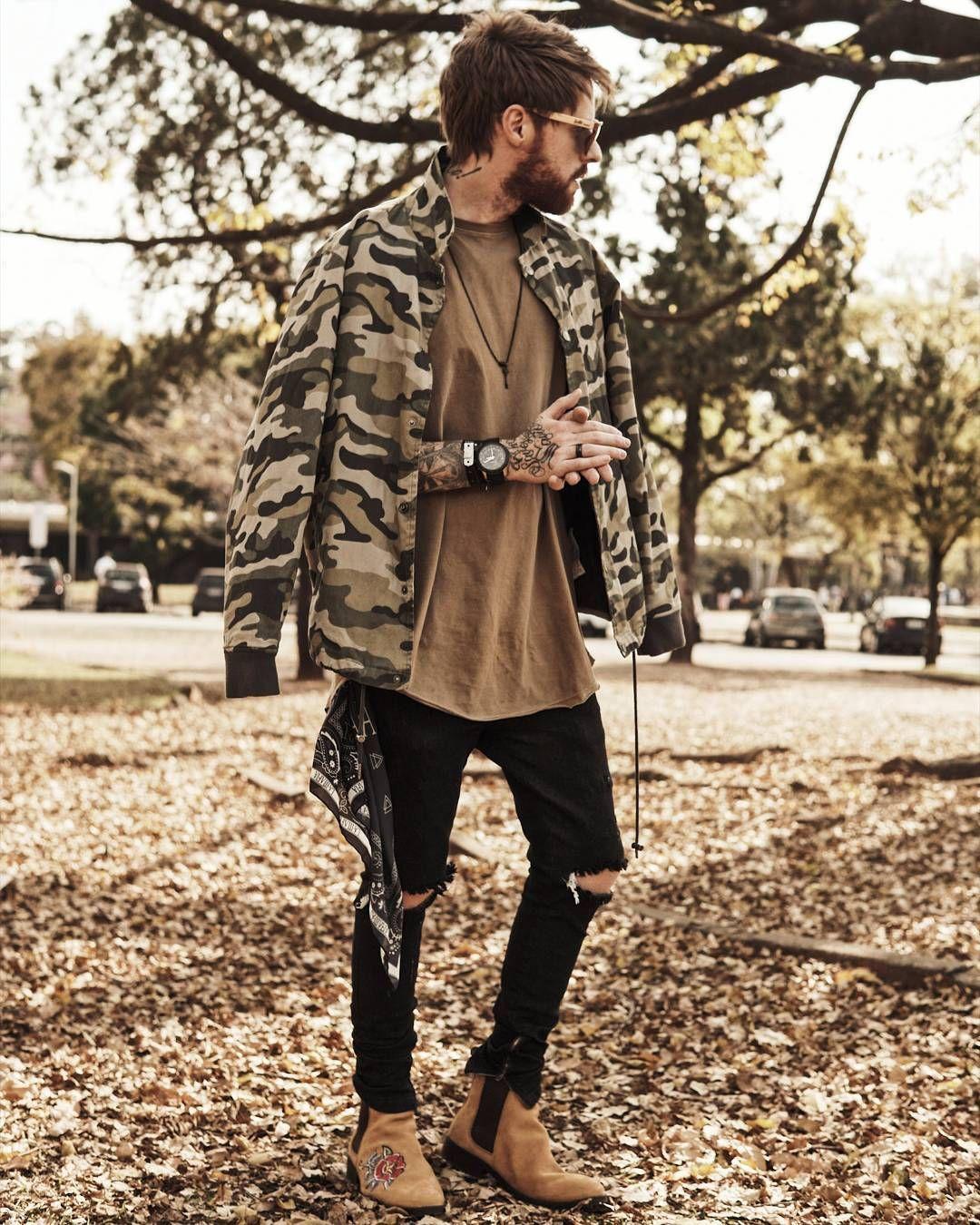 03d5e319b9adc Macho Moda - Blog de Moda Masculina: Look Macho Moda: 10 Looks do Coloral  pra Inspirar, Jaqueta Camuflada, Camiseta Oversized Marrom, Calça Jeans  Skinny ...