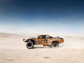 Download Free Trophy Trucks Hd Wallpapers From Wallpapersmagic Com Car Wallpapers Deserts Car