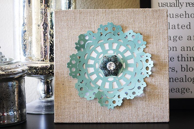 Doily Decor...this would be perfect in my daughter's room!