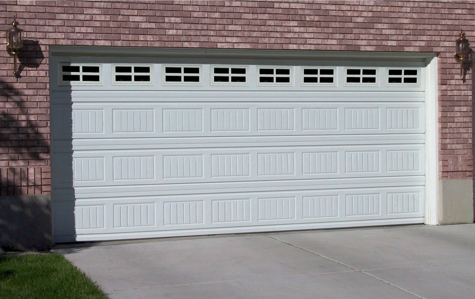 Phoenix Garage Doors With Images Garage Door Installation