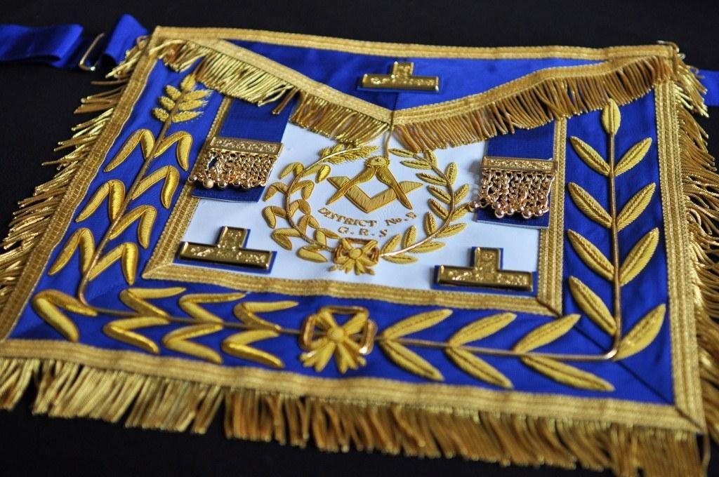 4ac69917c3 Masonic Supply Shop - District Deputy Grand Master Dress Aprons with Star