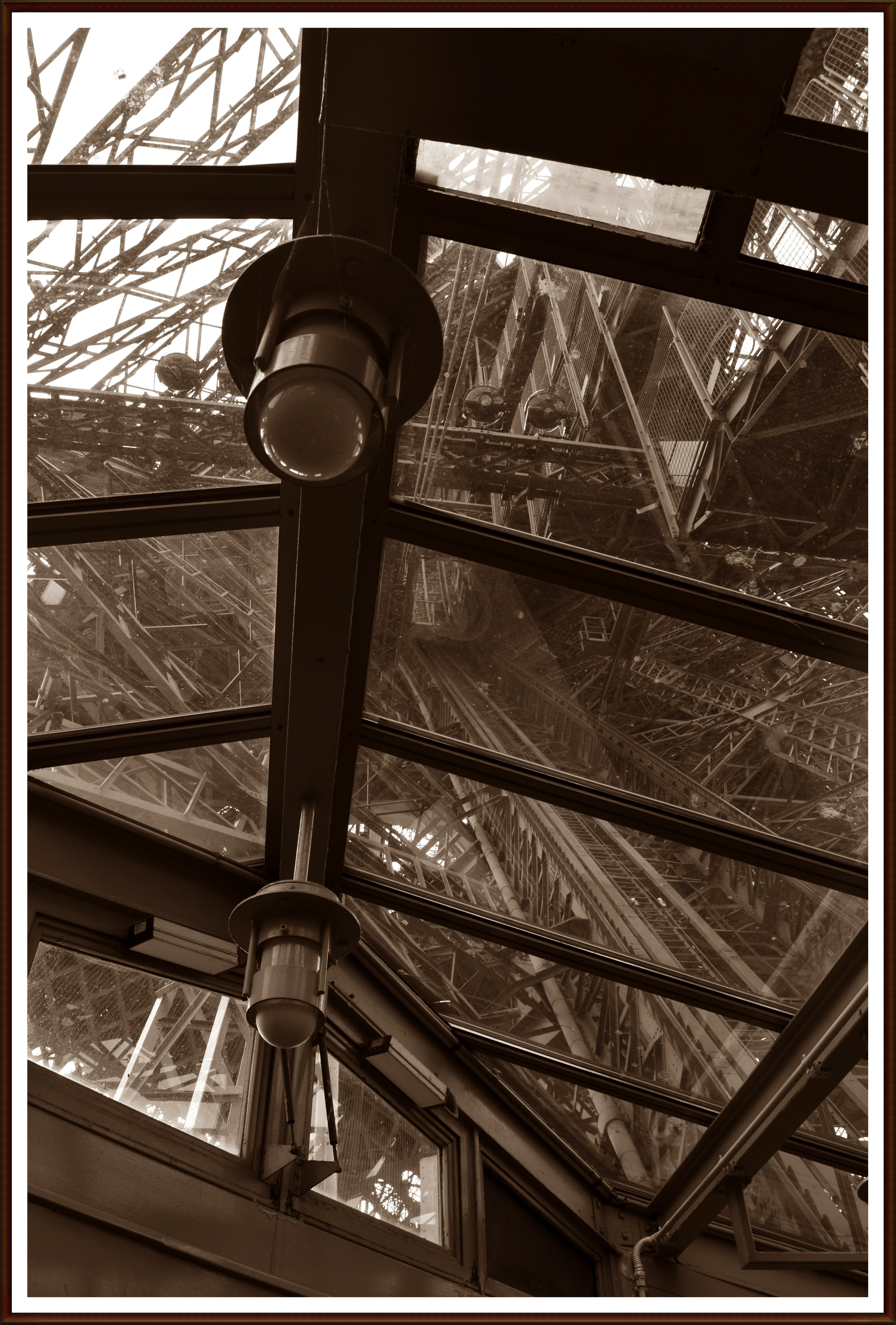 torre Eiffel elevador