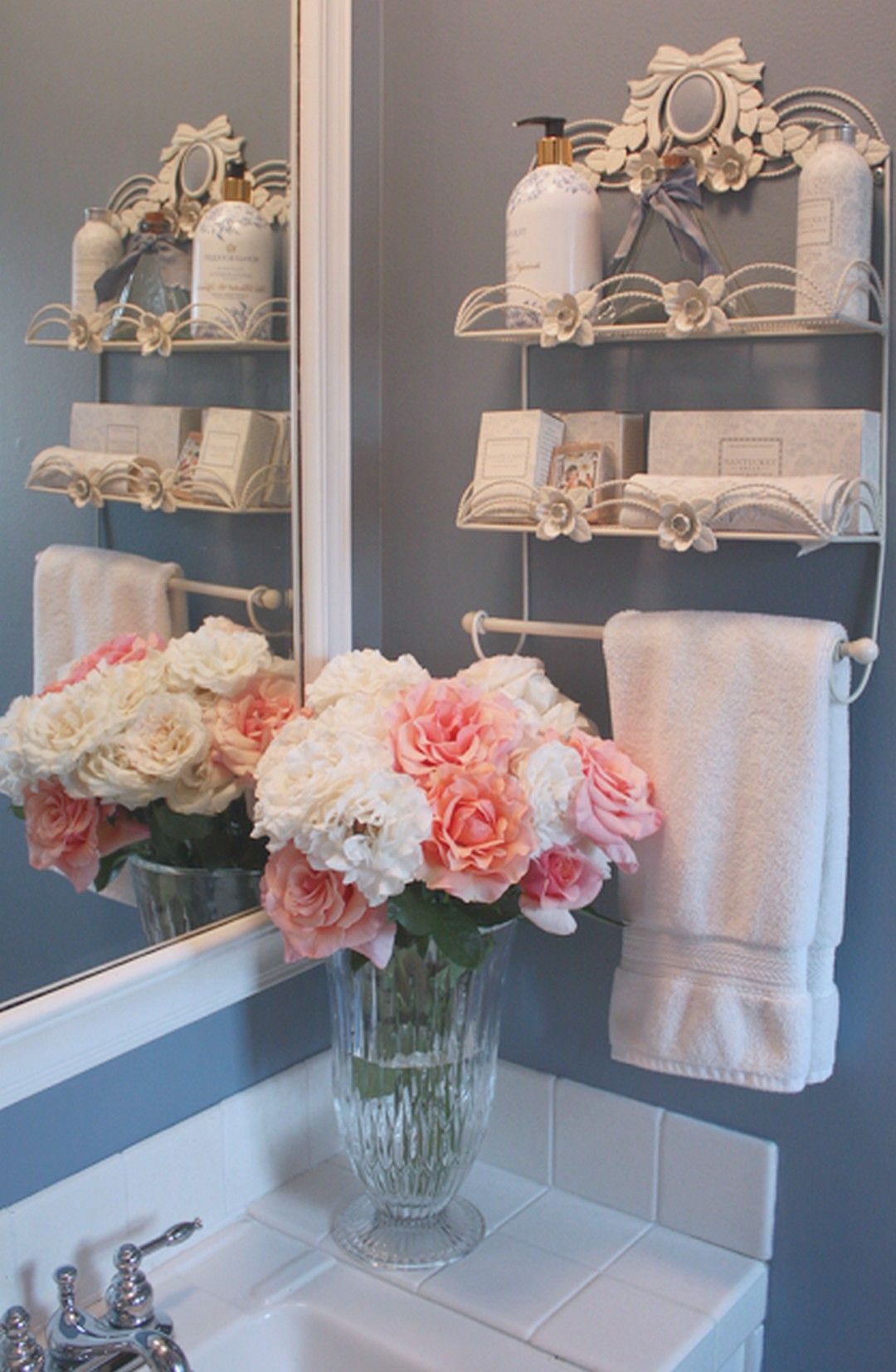110 Adorable Shabby Chic Bathroom Decorating Ideas With Images