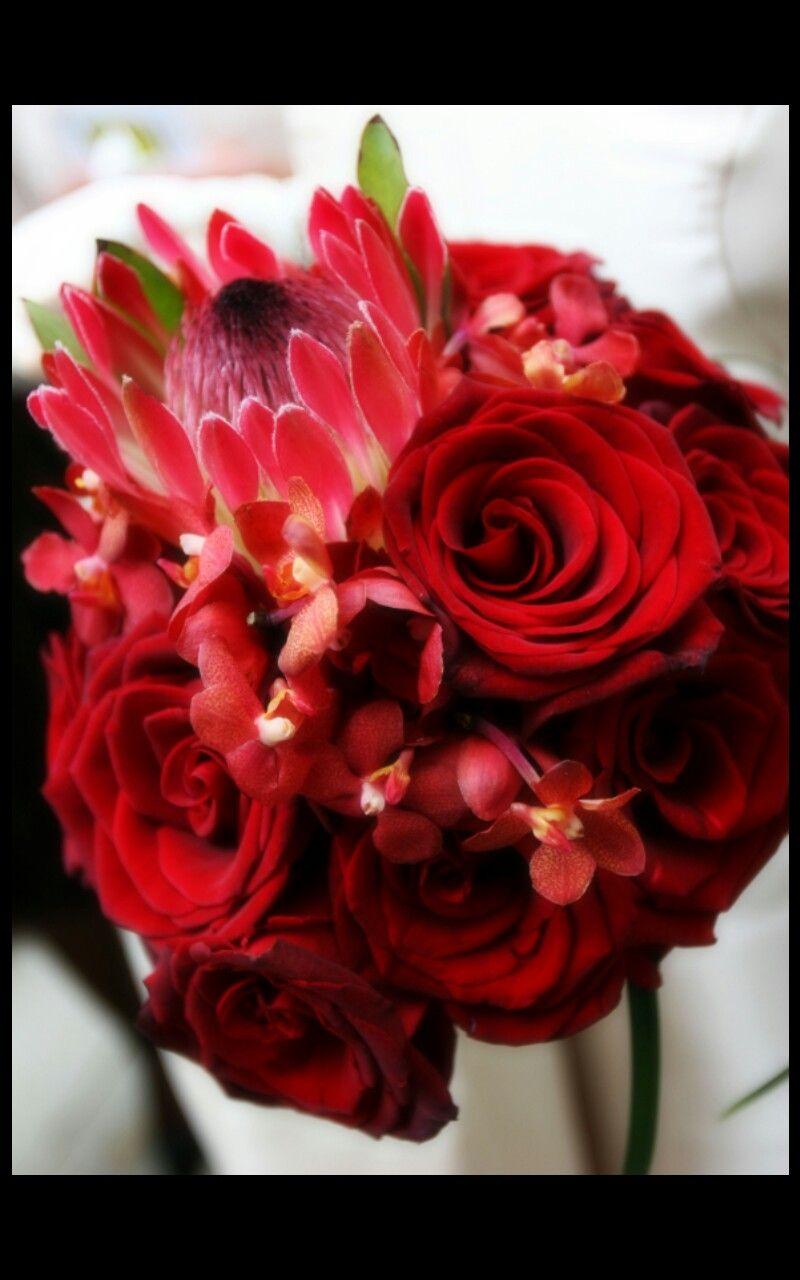 Easter wedding bouquets  Dark u moody wedding bouquet designer RL Cox  Adonis garden