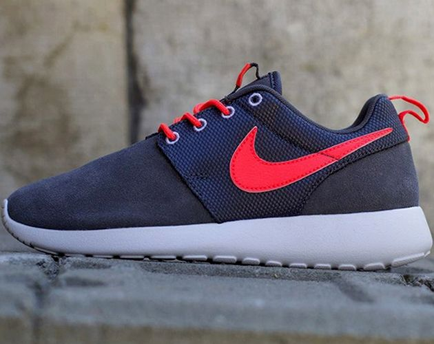 new styles d8a5a 8cb86 Nike Roshe Run GS – Dark Grey   Atomic Red – White   White