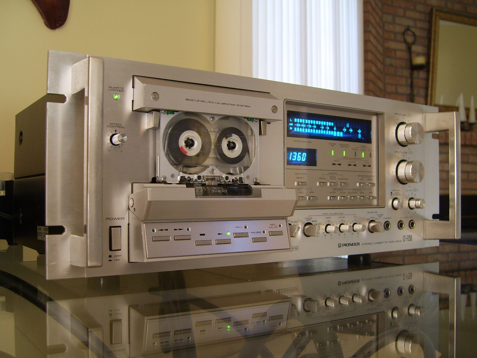Pioneer Ct F1250 Cassette Deck Playing The Tdk Ma 90 Metal