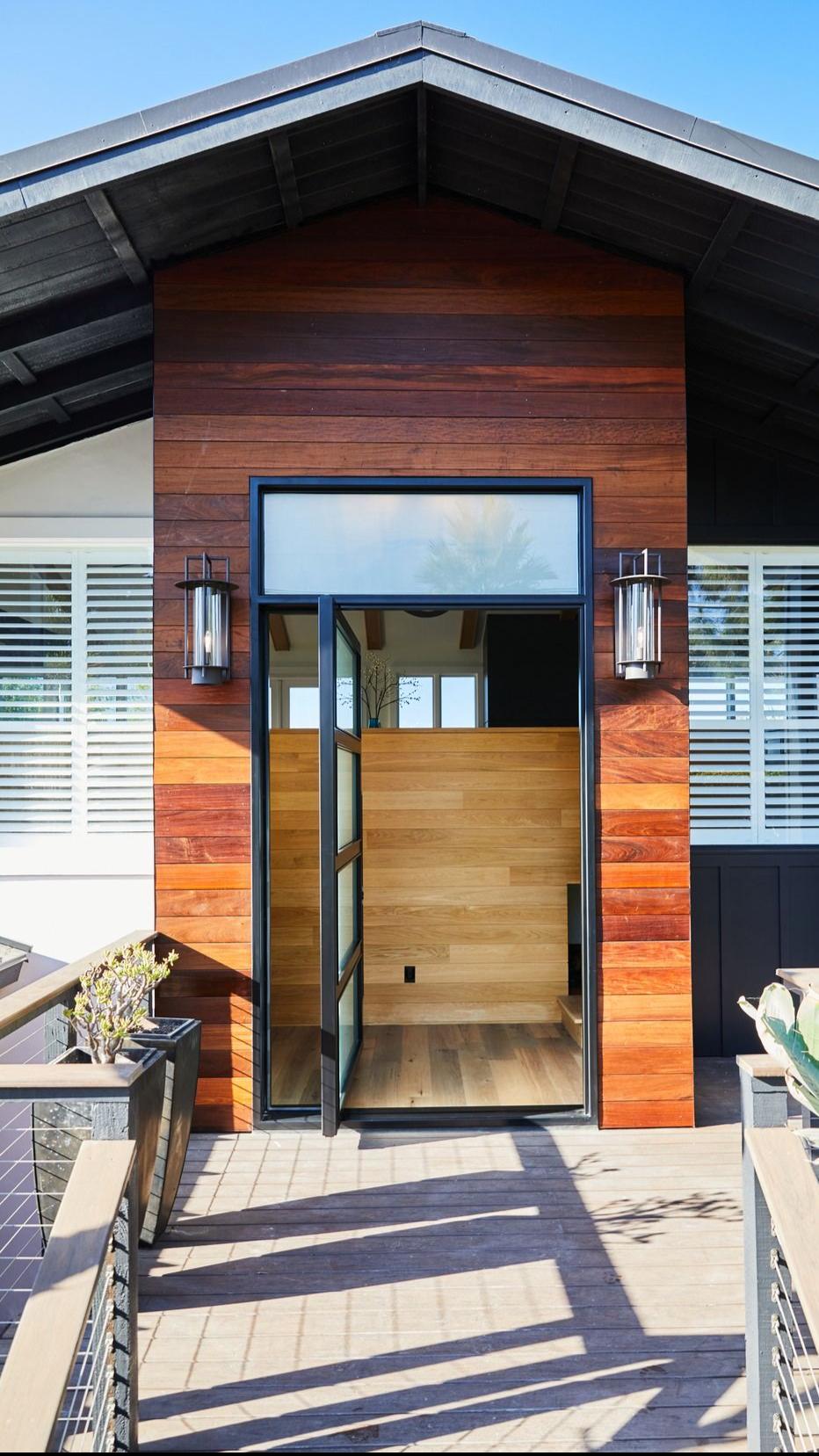 Steel Pivot Entry Doors | Modern Architecture