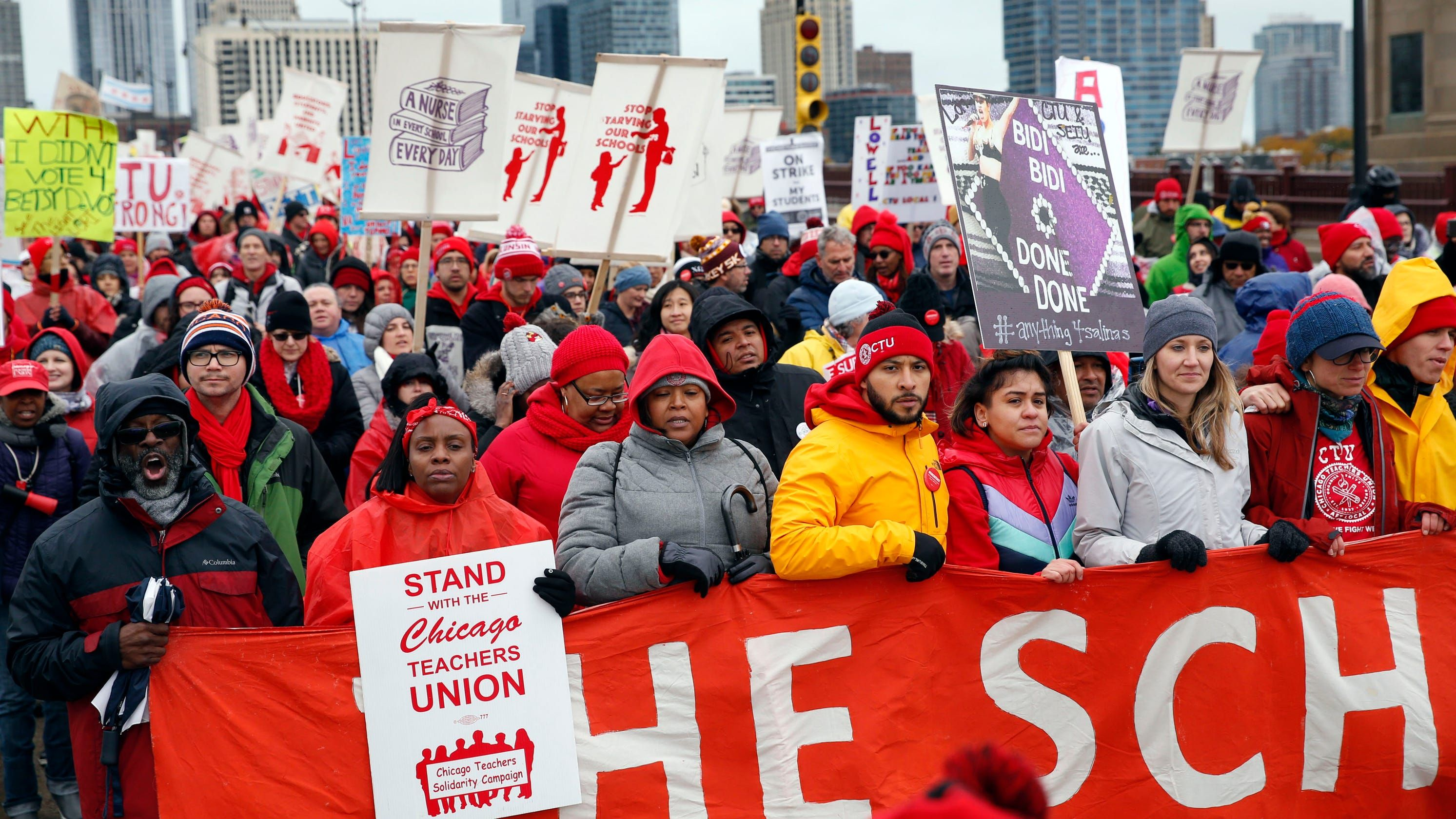 Chicago Teachers Strike Ends After 11 Days Cps Will Have 5 Make Up Days Of School Teachers Strike Teacher Union Chicago Teachers Union