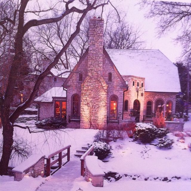 Stone cottage in Milwaukee. this is my dream house basically..