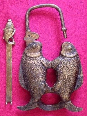 Rare Chinese style Brass Carved fish lock//key
