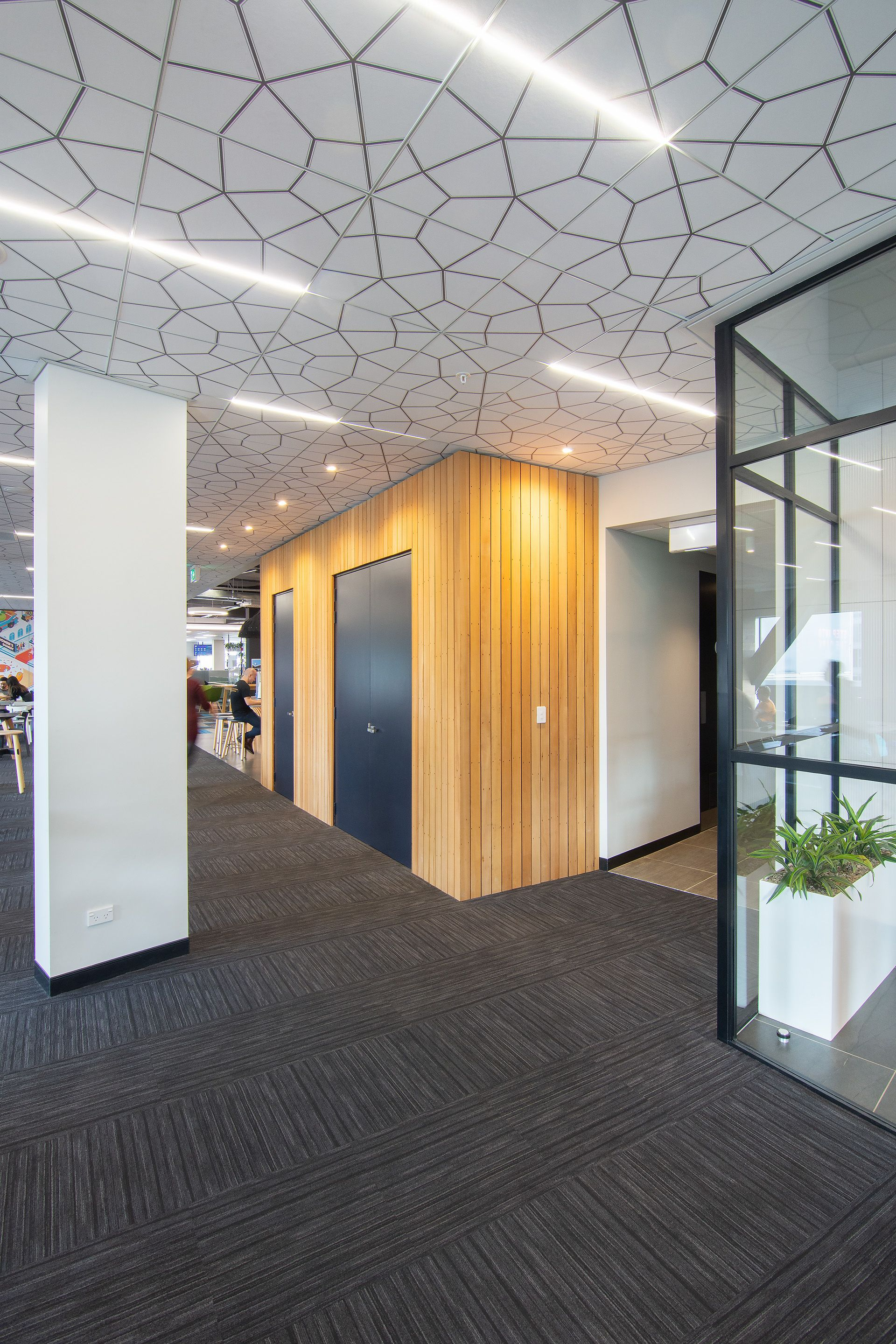 Owa Oriental Mineral Fibre Ceiling Tiles With Integrated