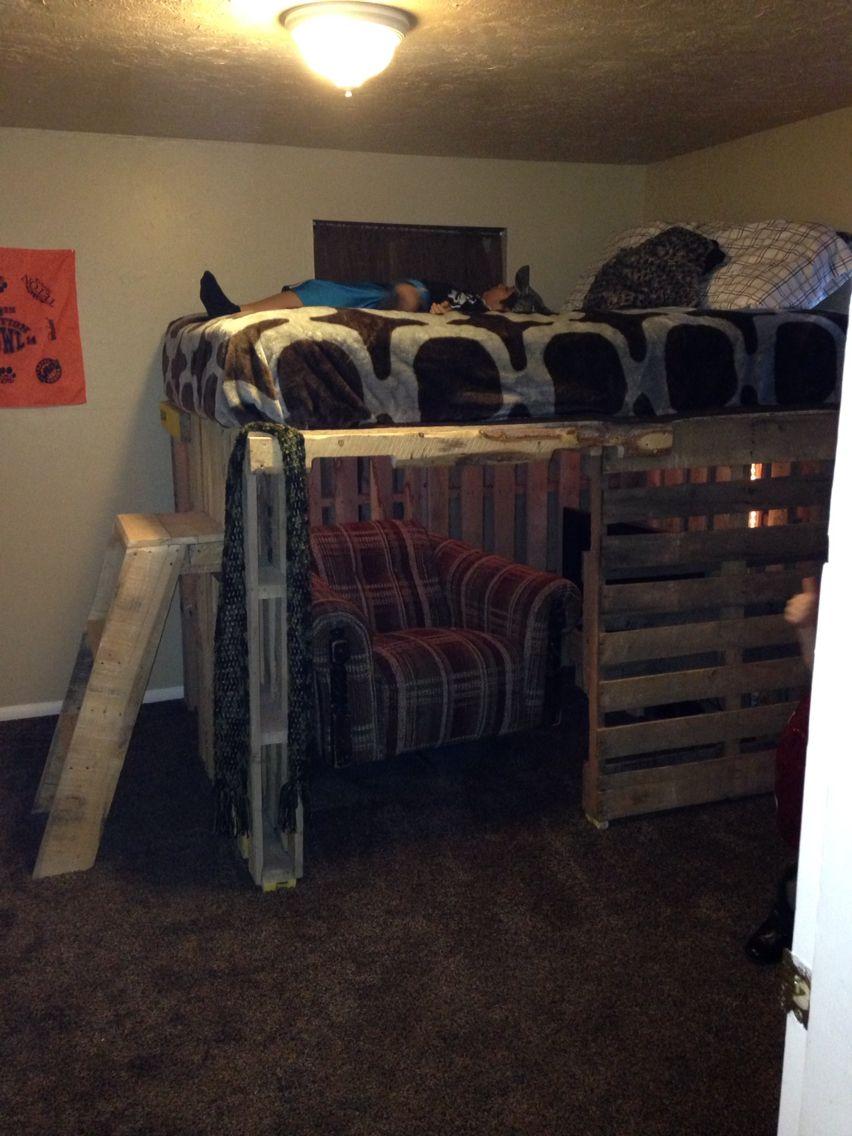 Pallet Loft Bed Pallet Loft Bed Diy Loft Bed Kids Loft Beds