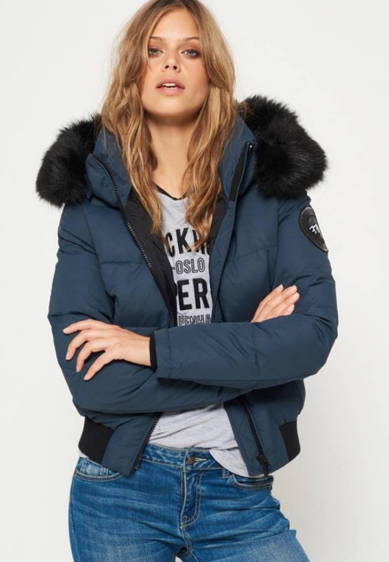 Superdry. EVEREST ELLA Winterjas petrol. Materiaal