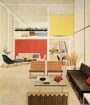 Epingle Par Claudine Gaudreau Sur Walls Interieur Style Annees 1950 Maison Du Milieu Du Siecle Decoration Maison