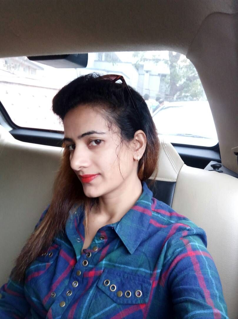 If You Are Looking For Young Glamorous Escort In Bangalore Then You Have Come