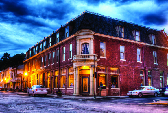 Weston Mo The Saint George Hotel Is A Destination For History Buffs Back