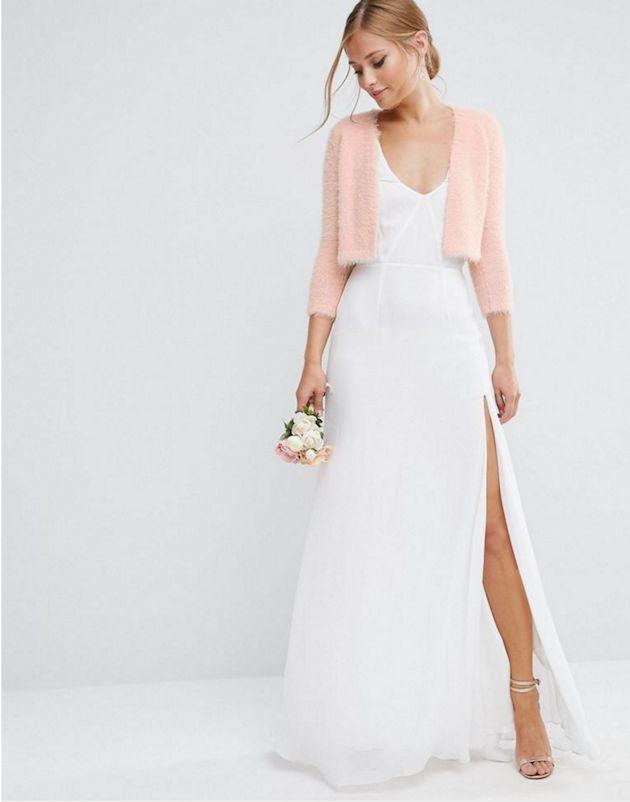 10 bridal cover ups for winter weddings diverso e vestido 10 bridal cover ups for winter weddings junglespirit Gallery