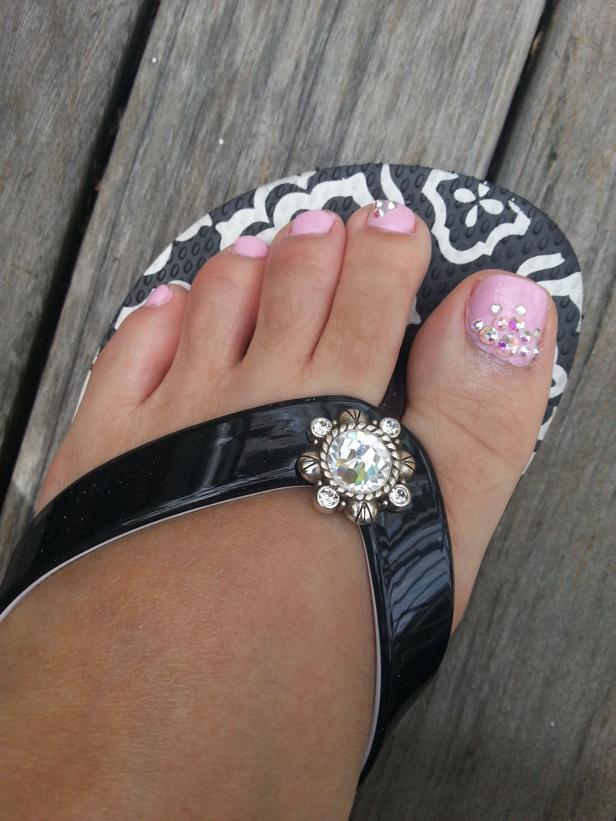 Whisper Pink Toe Nails With Bling Design Very Cute For Open Toes