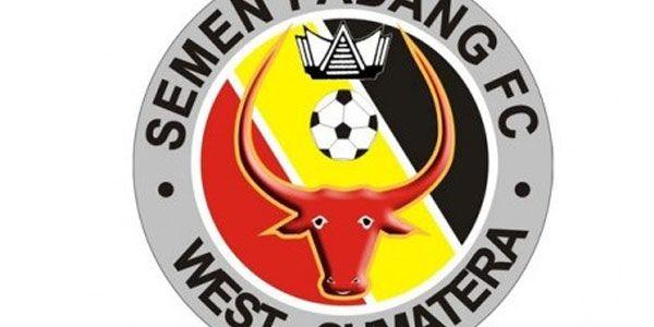 Semen Padang Mulai Latihan Lagi Jumat Ini - http://www.sundul.com/berita-bola/liga-indonesia/2013/07/semen-padang-mulai-latihan-lagi-jumat-ini/