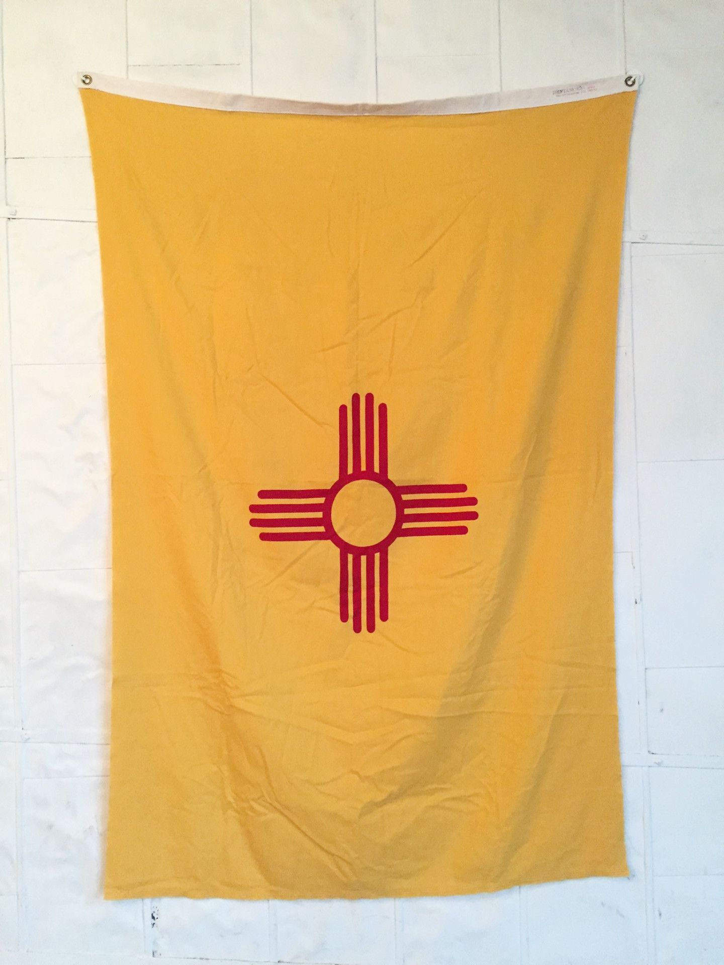Vintage new mexico state flag flags and southwest usa huge vintage new mexico state flag printed emblem on bright yellow cotton two metal buycottarizona