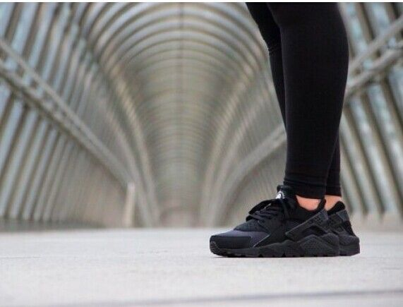 best service 10921 62f16 Nike Air Huarache Black Safari Triple Blackout