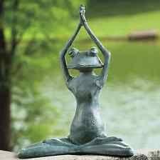 Yoga Pose Statue Green Frog Art Outdoor Garden Patio Decor Animal Lawn Sculpture